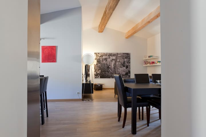 Appart alliant charme et modernité - Gallargues-le-Montueux - Appartement