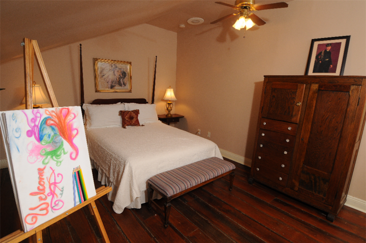 Degas House- Carrie Room on Esplanade Ave.