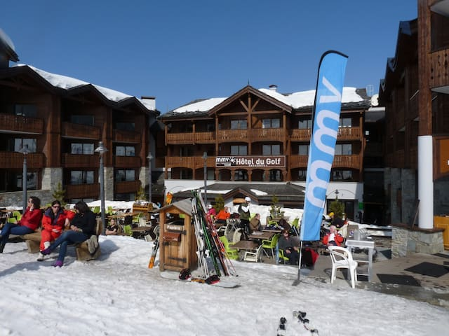 T2 Courchevel 1650 ski aux Pieds