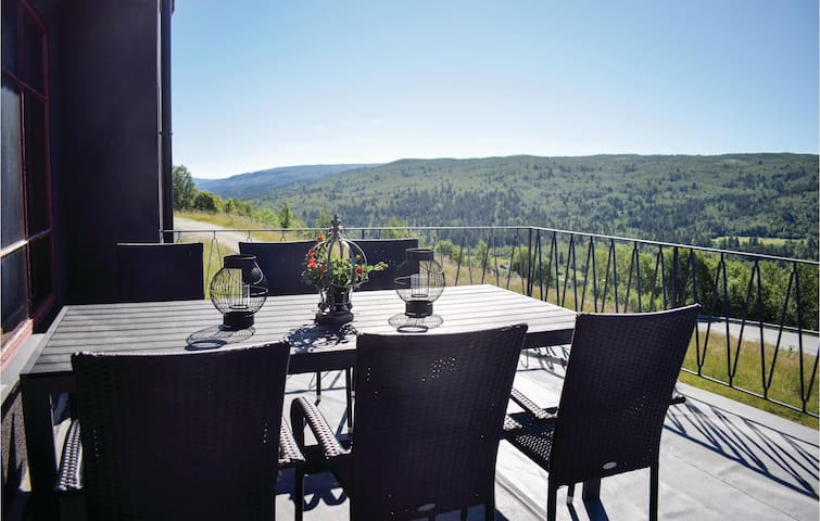 Holiday apartment with 4 bedrooms on 130m² in Ål