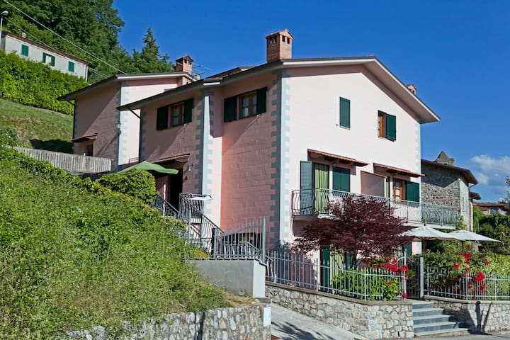 Garfagnana: nature, massage , wi-fi - Minucciano - Apartament