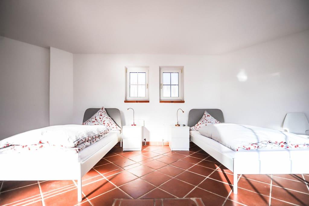 Traumhaftes bungalow wohnen mainz h user zur miete in for Wohnen zur miete