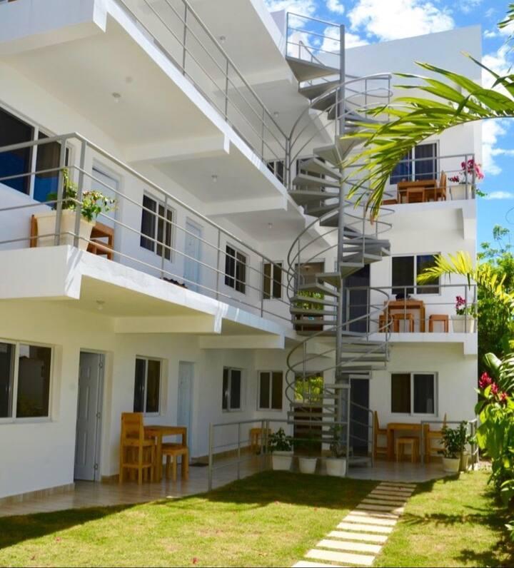 Kite House  Aparthotel next to Kite Club RD