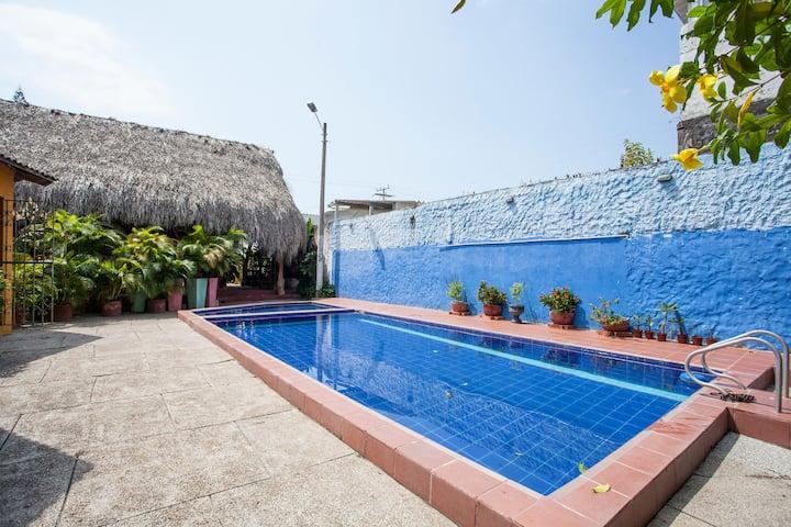 Amazing Double Bedroom en-suite with swimming pool