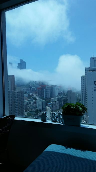 2016..7/7day  real Sea fog Fantastic view. I took photos in my room.
