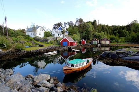 Fredfyldt ved havet, ved siden av Bergen