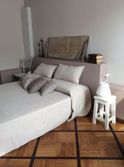Bed art milano centrale bed and breakfasts for rent in for Bed and breakfast milano