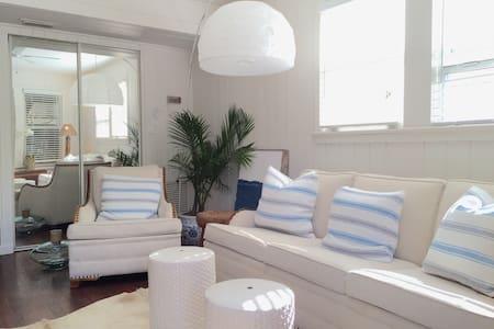 Easy Breezy - Jacksonville Beach - Apartemen