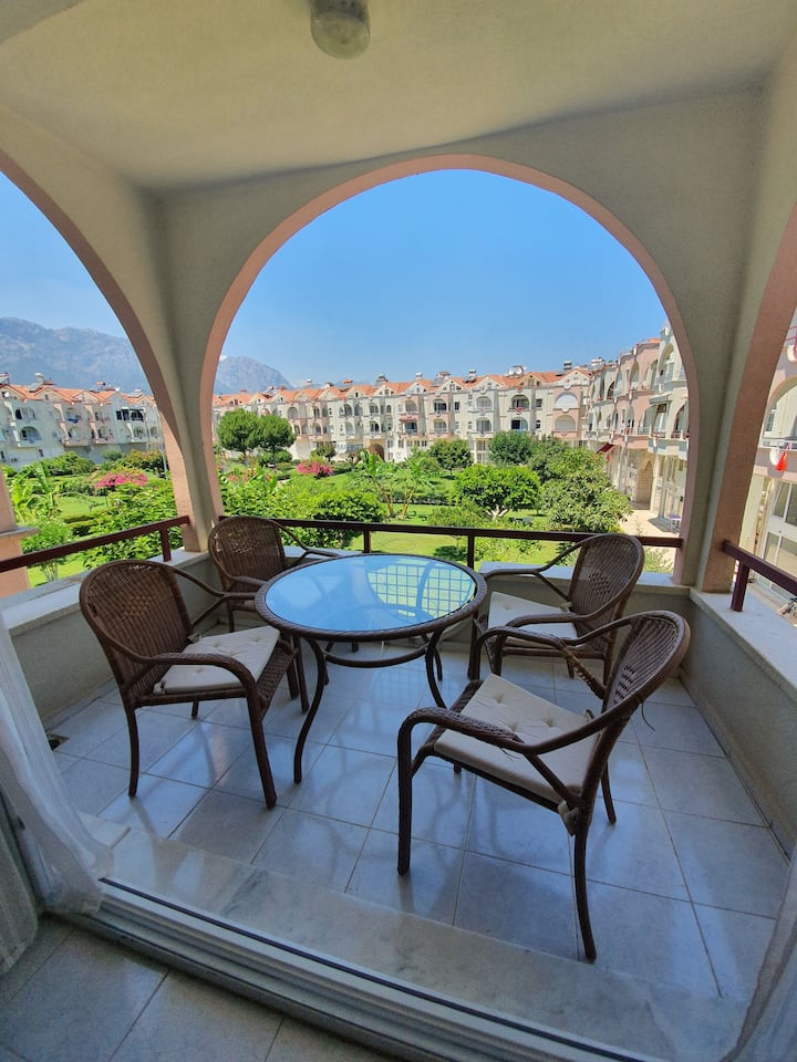Central, peaceful, healthy Kemer Apartment