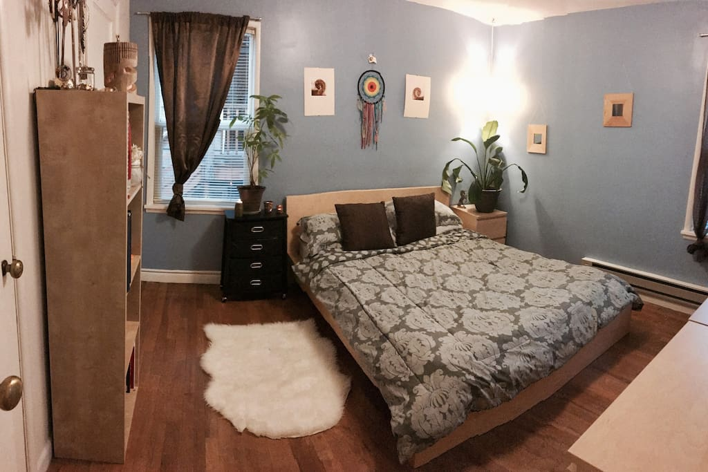 Restful, clean bedding in a relaxed setting.  Small desk for laptops. Stereo system with input to play your music from your phone. Dresser and closet space available.