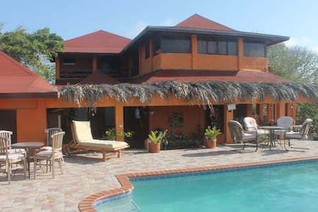King Room Cayenna - Szoba reggelivel