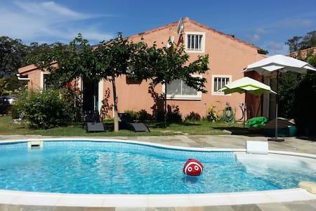 Pétaouch'nock: villa avec piscine , jardin , calme - Porto-Vecchio - Villa