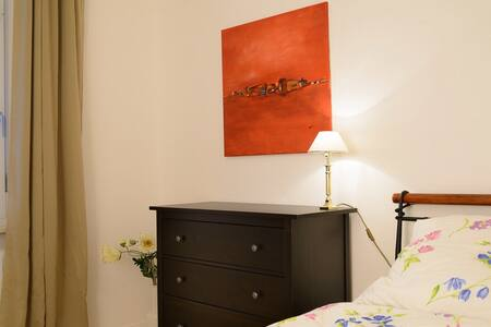 Modern möbl. Wohnung - Preis/2 Pers - Apartment