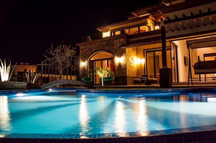 """Villa Corazon de Fatima"" - Cabo San Lucas - Villa"