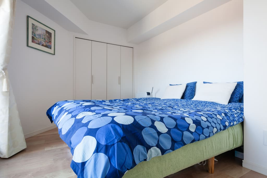This is main bed room and queen size bed is there, that can also be converted to two single beds.