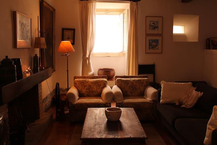 Casa das Glicínias Vila de Óbidos - Óbidos - Dom
