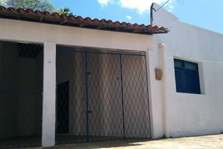 Casa da Janela Azul Baía Formosa - BF
