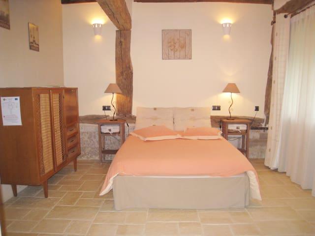 Chambres d'hôtes Camaïeu La Ferronnerie PDJ inclus