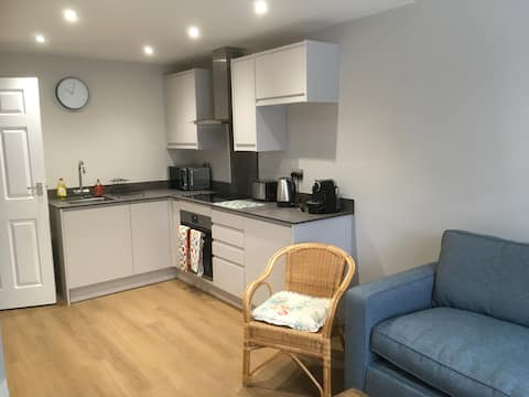 Self contained one bedroom flat