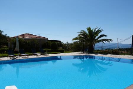Oneira Villas 1 - One Bedroom Villa