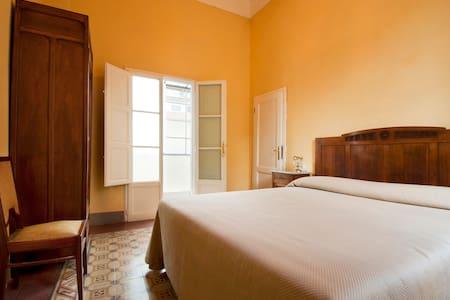 Camera San Bartolomeo - LSM - - Pistoia - Bed & Breakfast