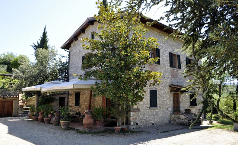 Agriturismo, casa vinicola e B&B - Greve in Chianti - Bed & Breakfast