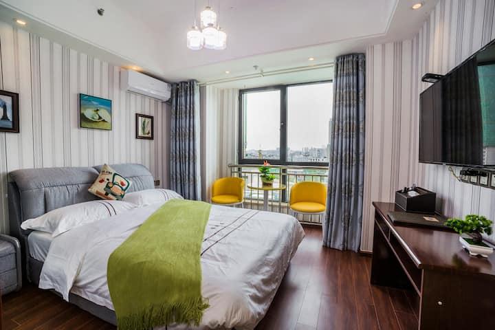 资阳万达广场雅缘居公寓舒适大床房