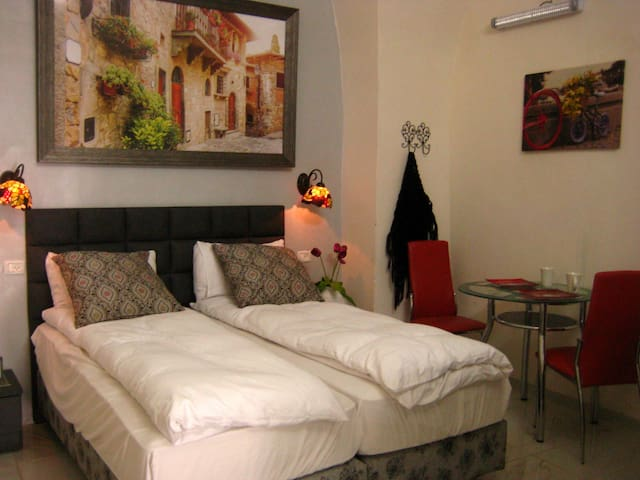 Charming Suite At The Old City - Safed - Apartamento