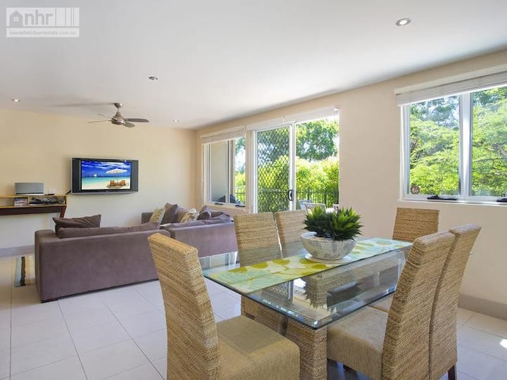 Little Cove Townhouse 4 Pandanus Street 14