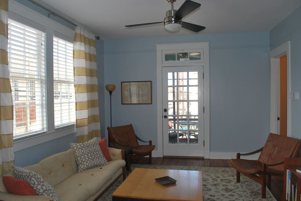 500 Feet To Streetcar 2 Bedroom Apartments For Rent In New Orleans
