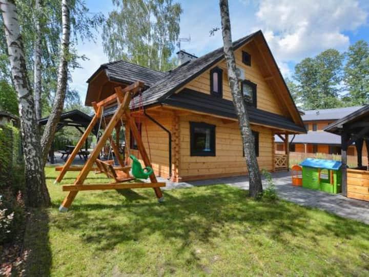 Chata Świerkowa 4, Domek nad Jeziorem Białym