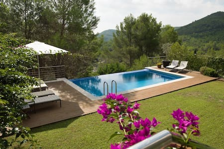 Luxurious modern villa in the Sitges Hills - Olivella - Villa