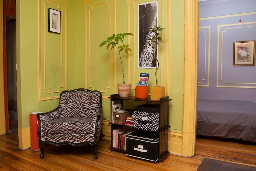 cozy 2 br in williamsburg wohnungen zur miete in brooklyn new york vereinigte staaten. Black Bedroom Furniture Sets. Home Design Ideas