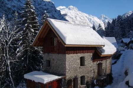 Self-catered studio. Bourg d'Oisans - Le Bourg-d'Oisans
