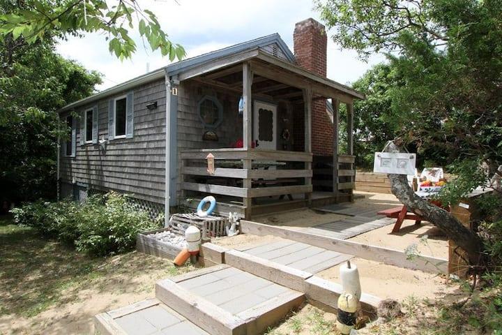 Bayside Cottage: Eastham, Cape Cod