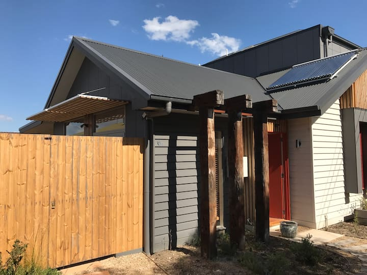 Brand New Townhouse in Thornbury