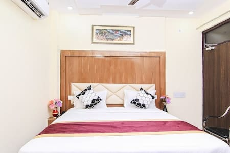 Hotel Nand Mahal By Keymagics - Deluxe Room