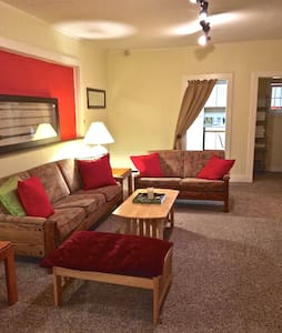 Comfortable 3 Bedroom Apartment - Tannersville