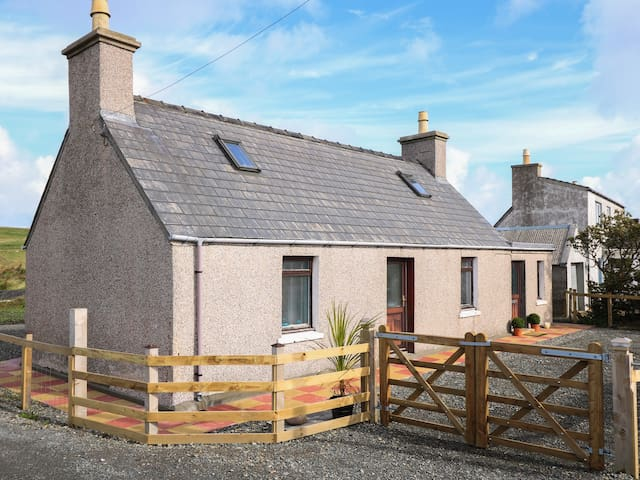 TAIGH CALUM, with a garden in Port Of Ness, Ref 988375