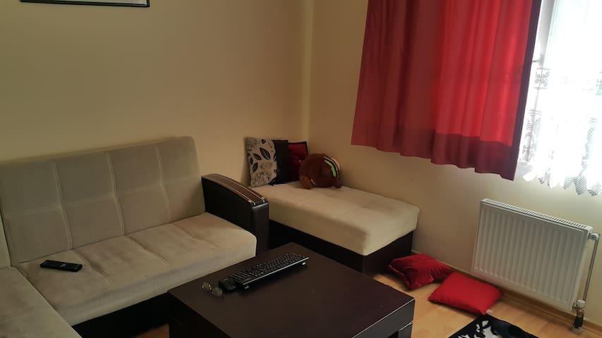 Quiet and comfortable home Ankara - Ankara - Bed & Breakfast