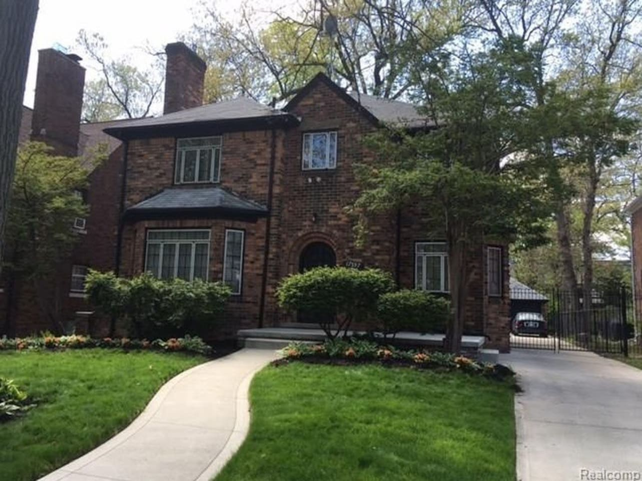 Beautiful, historic home in the heart of University District