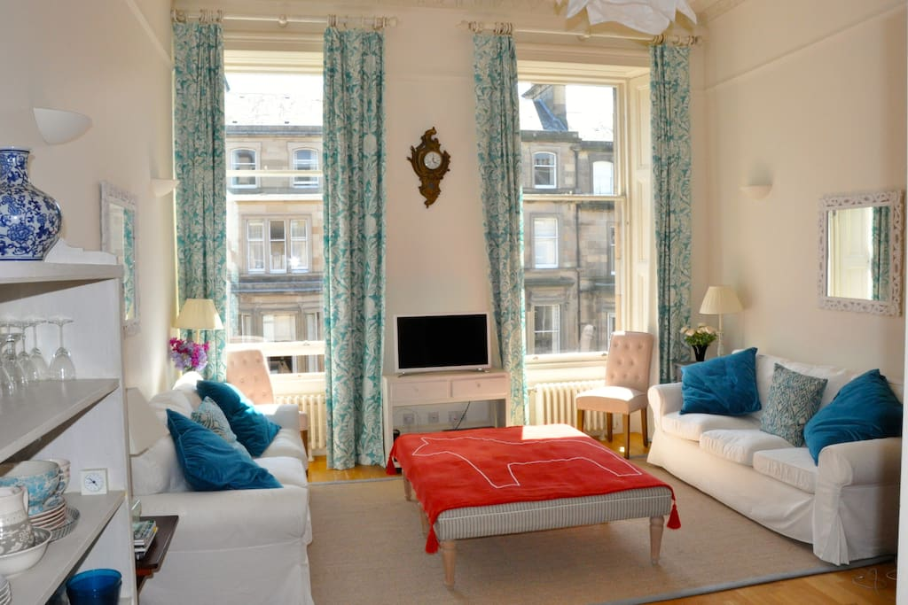 Beautiful 2 bedroom apartment with private parking flats - 2 bedroom flats to rent in edinburgh ...