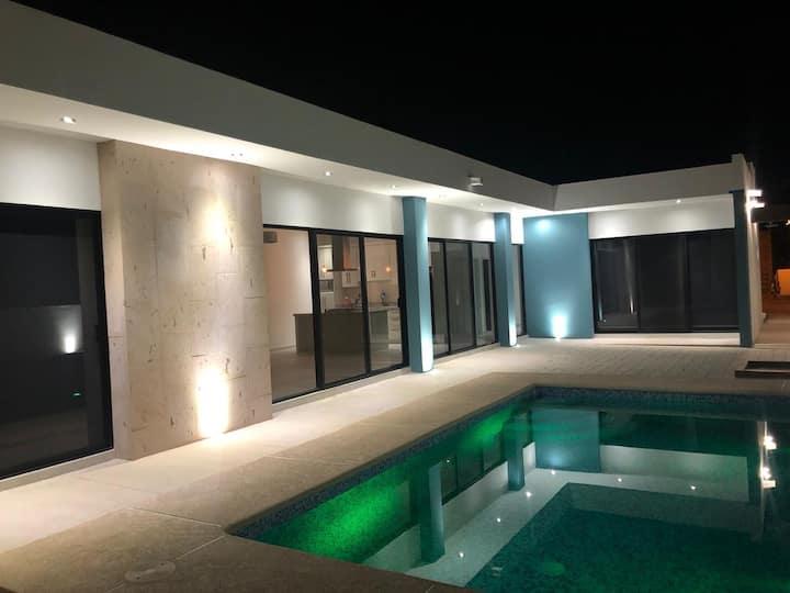 Villa Culpo Alberca privada Climatizada