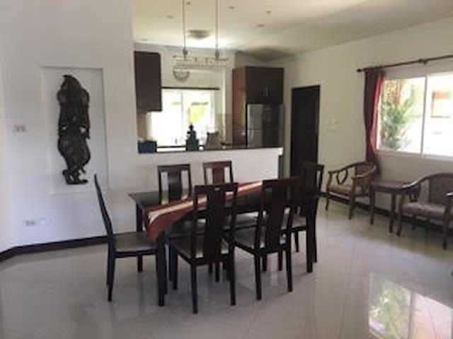 Entire House 2 Bedroom and Kitchen Kathu Phuket