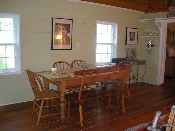 Bonnie Oaks Historic Carpenter House Wild Refuge