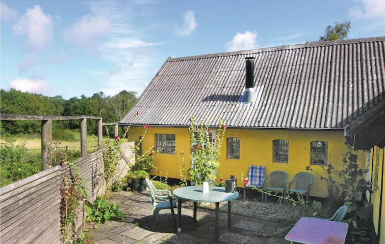 Holiday apartment with 2 bedrooms on 50 m² in Allinge