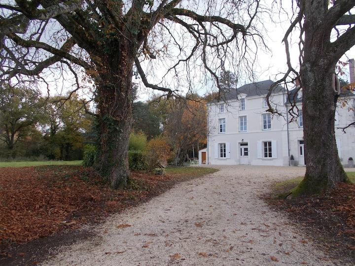"""Chambre """"Romantique"""" Maison de Famille"""