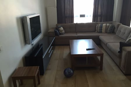 3 Bedroom - Large Flat - Near Shopping - Güngören