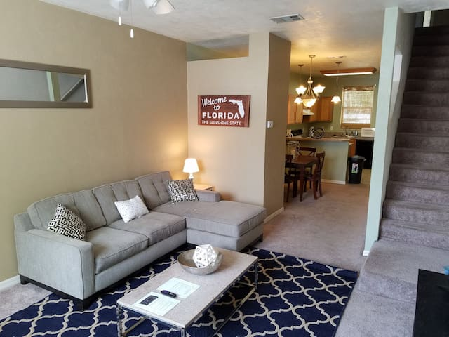 Perfect Condo Less than a mile to UF - Gainesville - Apartemen