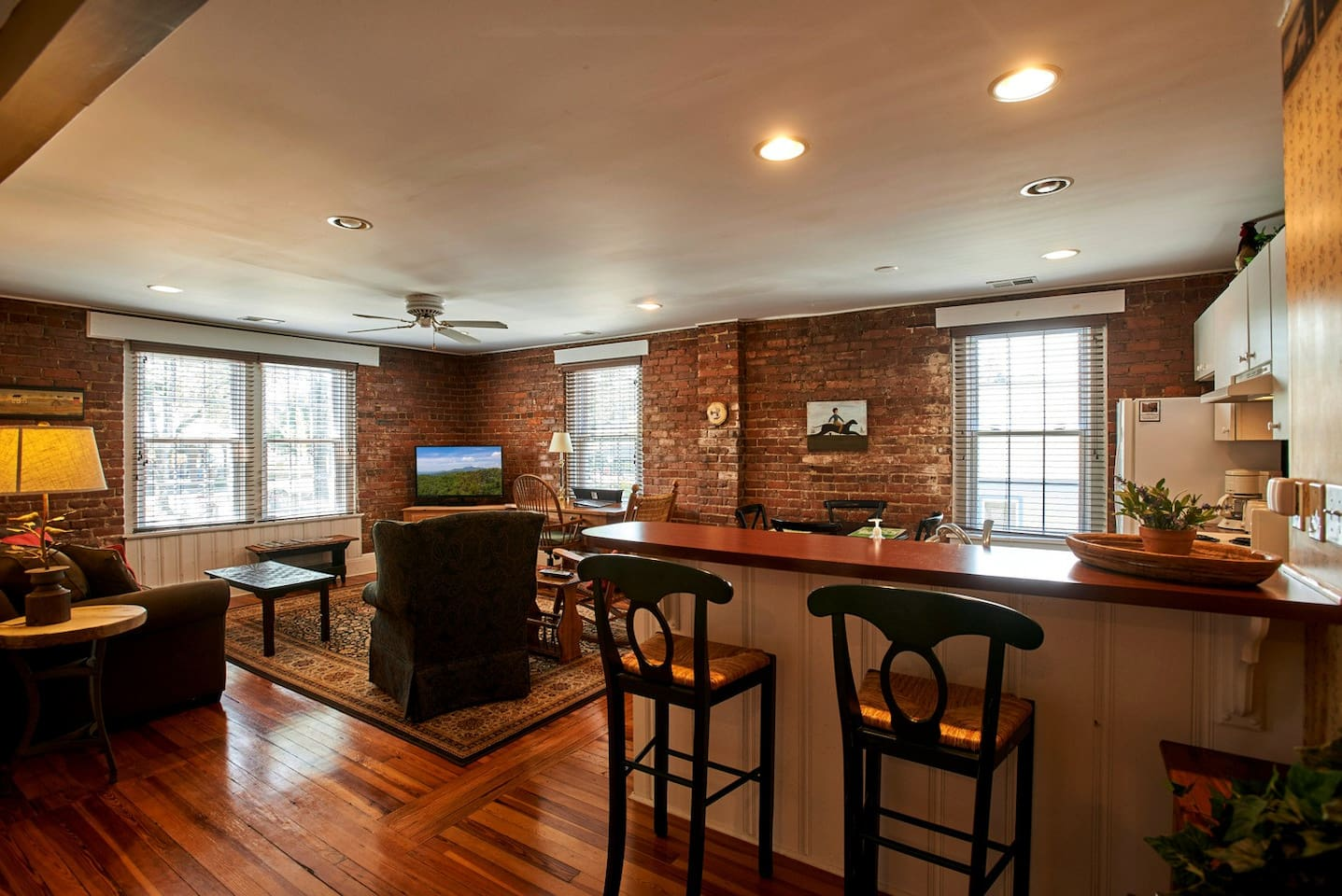 Charming apartment with exposed brick walls